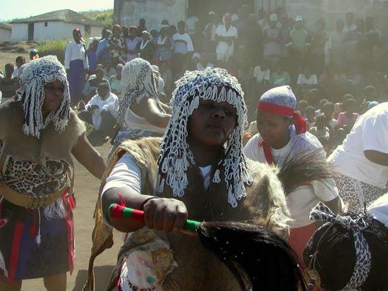 Sangoma-Dancing-At-Khekhekhe-Ceremony-Zululand