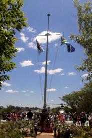 Flagi powiewające na wietrze