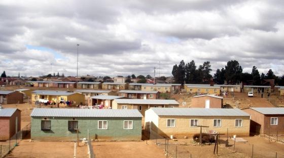 Niskobudżetowe domki - typowa zabudowa dominująca Soweto