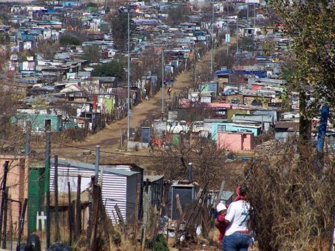 Nieformalne osiedla w Soweto