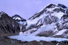 Lodowy wodospad Khumbu - jedno z najbardziej niebezpiecznych miejsc.