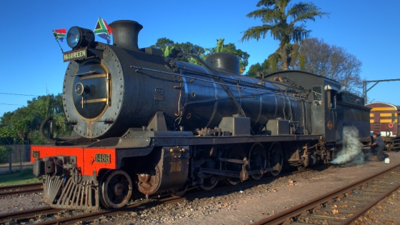Umgeni_Steam_Railway,_locomotive_1486_Maureen,_Kloof_station_06-Jun-2010